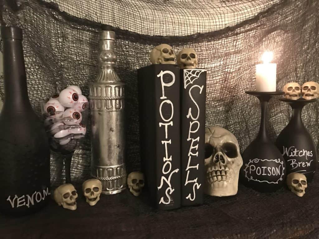 Cheap DIY Halloween Party decor