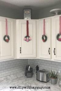 DIY Valentine mini wreath. Homemade Valentine Decor